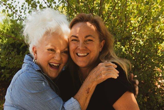 como-tratar-ancianos-con-demencia-senil